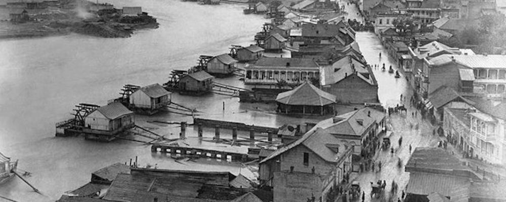 Изображение: Район водяных мельниц в Тбилиси. Родные места Воронина.